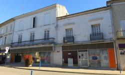 ©AVEC 2018 / Maison du Kaolin à Montguyon [17] / Photo prise avant réalisation du projet