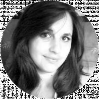 Émilie BONNISSENT, Assistante administrative, spécialisée en communication et DAO