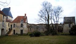 Gîtes touristiques au Château de Monts sur guesnes