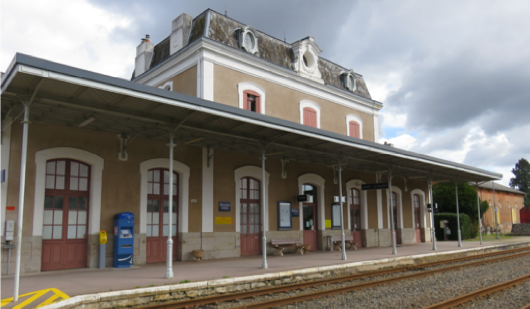 Gare de St-Léonard-de-Nobat