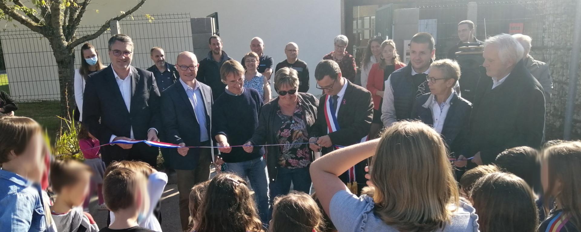 Inauguration ecole de queuil st genes de fronsac
